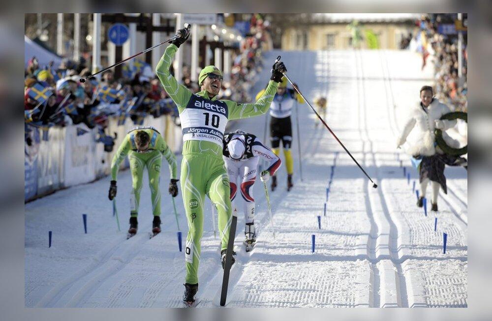 Jörgen Aukland triumfeerib Vasaloppetil, suusatamine