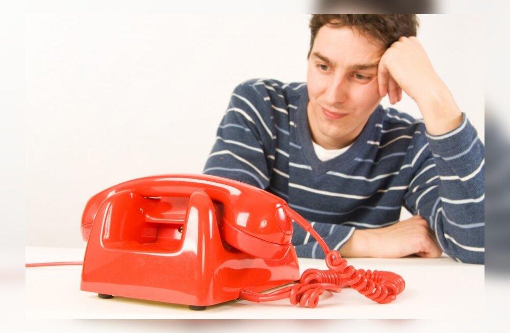 Jagasin töökohas koostööpartneritele vale telefoninumbrit ja vihastasin sellega numbri õige omaniku välja