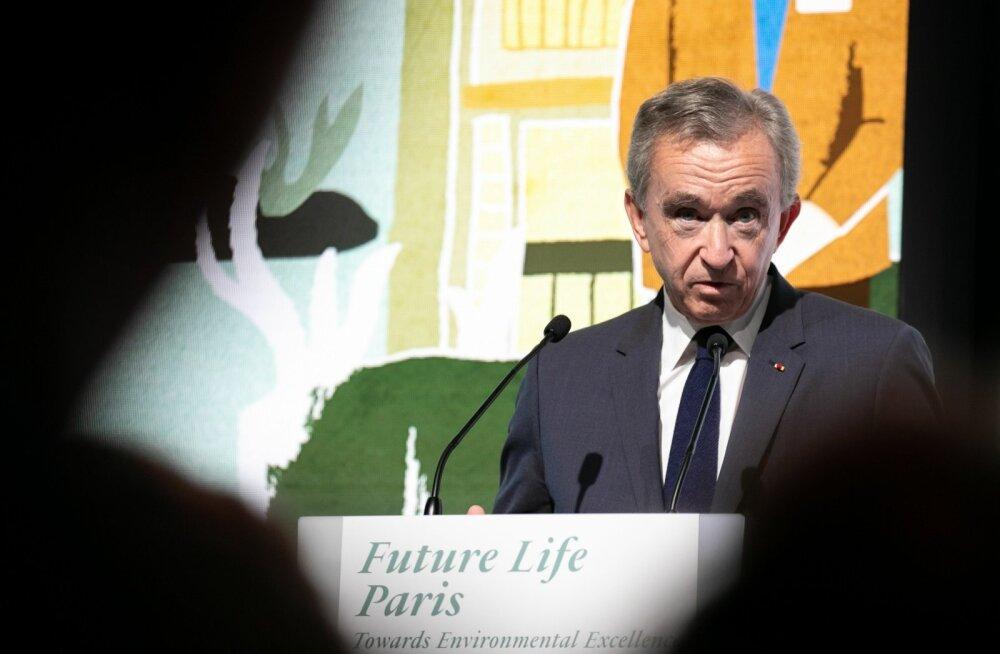 Bernard Arnault hiljutisel LVMH pressikonverentsil Pariisis.