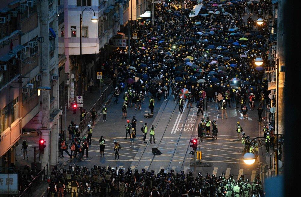 Hongkongi protestijad näevad eeskujuna ukrainlaste Euromaidanit