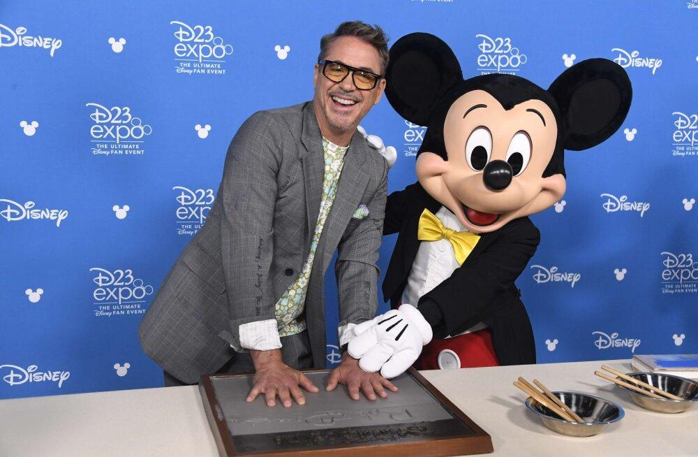 Robert Downey Jr. vabandab, et Disneylandis kanepit suitsetas: mind viidi ühte üllatavalt sõbralikku ruumi
