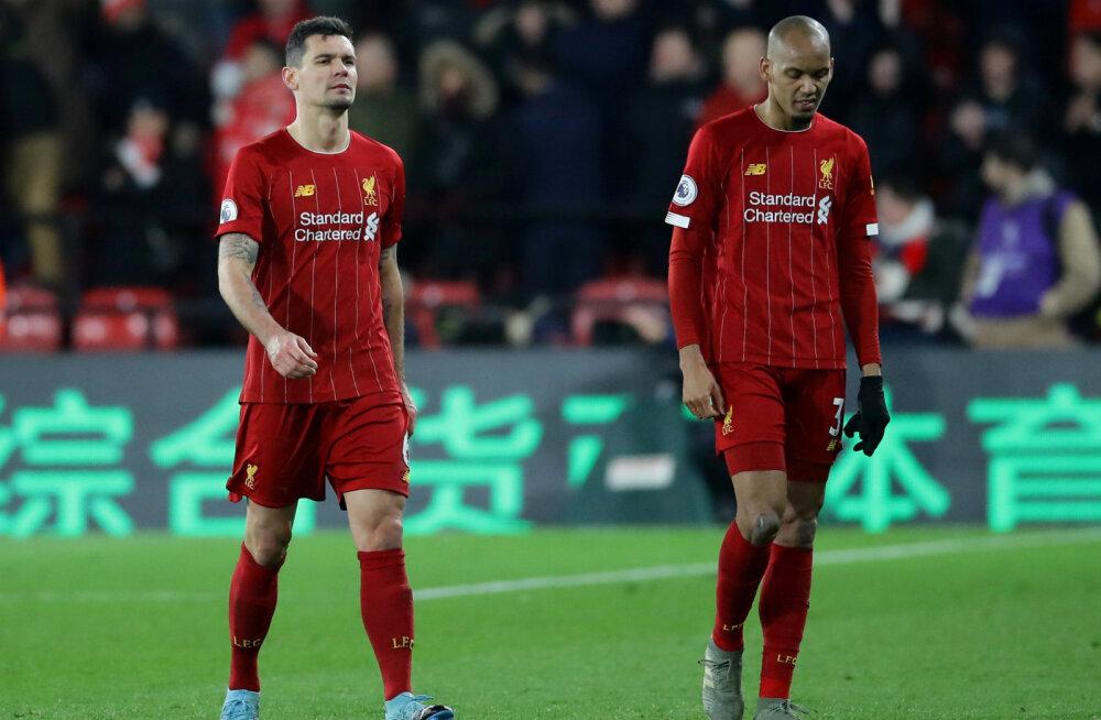 Üllatuspomm: Liverpool hävis teisel poolajal täielikult ja kaotas Inglismaa liigas hooaja esimese kohtumise