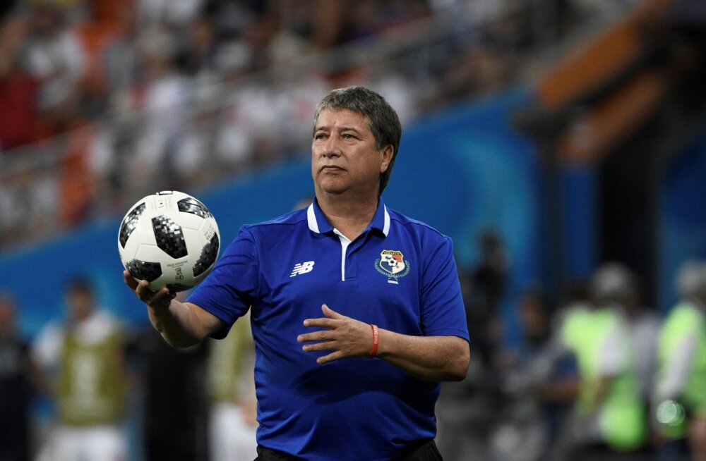 Panama koondise jalgpalli MM-ile viinud peatreener pani ameti maha
