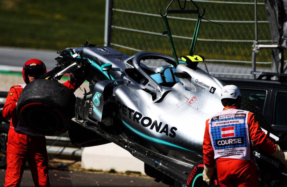 VIDEO | Teine vabatreening Spielbergis oli dramaatiline: Bottas ja Verstappen lõpetasid seinas, Vettelil jäi sellest napilt puudu