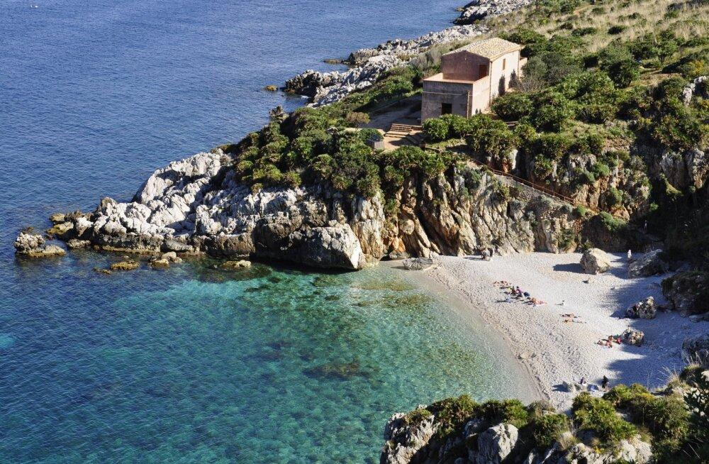 Viimase hetke pakkumine üksi reisijale: edasi-tagasi lend Sitsiiliasse vaid 55 eurot!