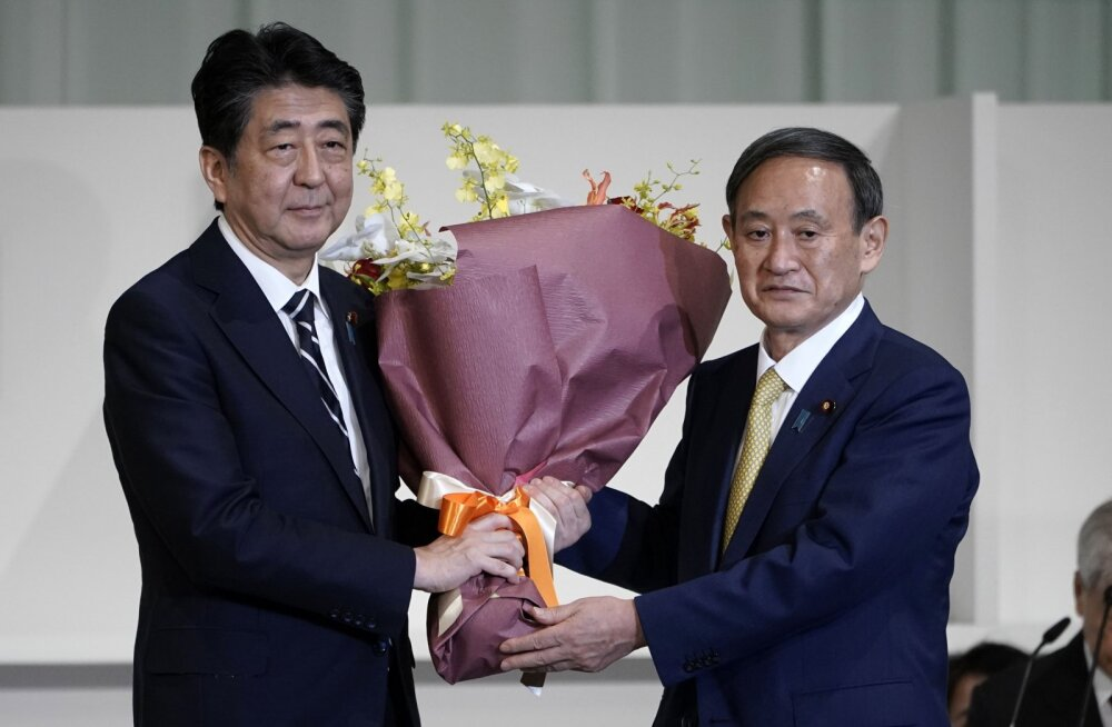 Jaapani valitsev erakond valis oma uueks juhiks Yoshihide Suga, kellest saab ka peaminister