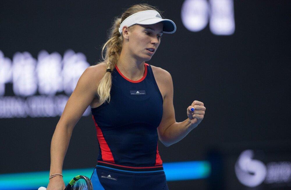 Kontaveidi alistanud Wozniacki pääses Pekingis poolfinaali
