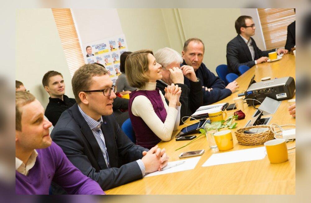 Reformi juhatuse erakorraline koosolek