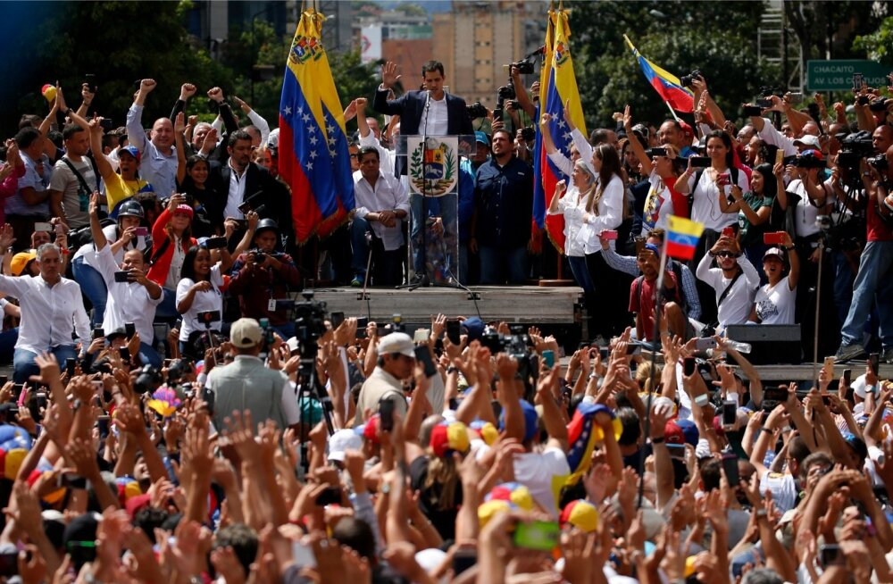 USA tunnustas opositsiooniliidrit Venezuela presidendina, toimuvad massimeeleavaldused
