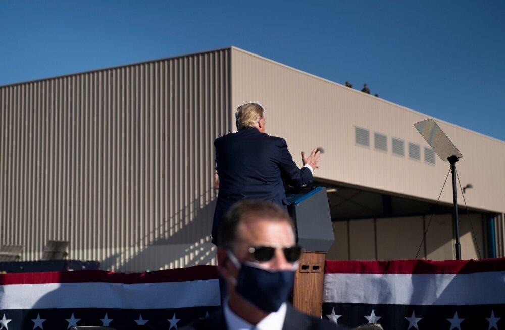Leht: Trumpi kampaaniaponnistuse käigus nakatus kümnendik salateenistuse agentidest koroonasse