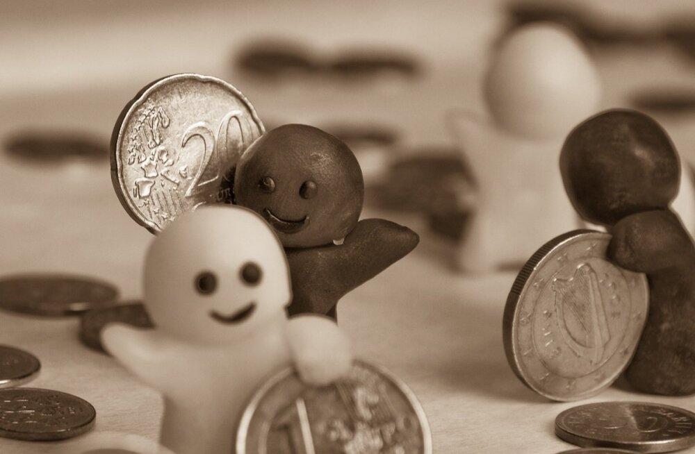 Kui erakorraliselt tõsta pensione 70 euro võrra, läheks see maksma 200 miljonit lisaks igal aastal.