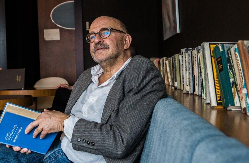 """Sarjas """"Müstiline Venemaa"""" alustab David Vseviov uue teemaga, milleks on nõukogude film."""