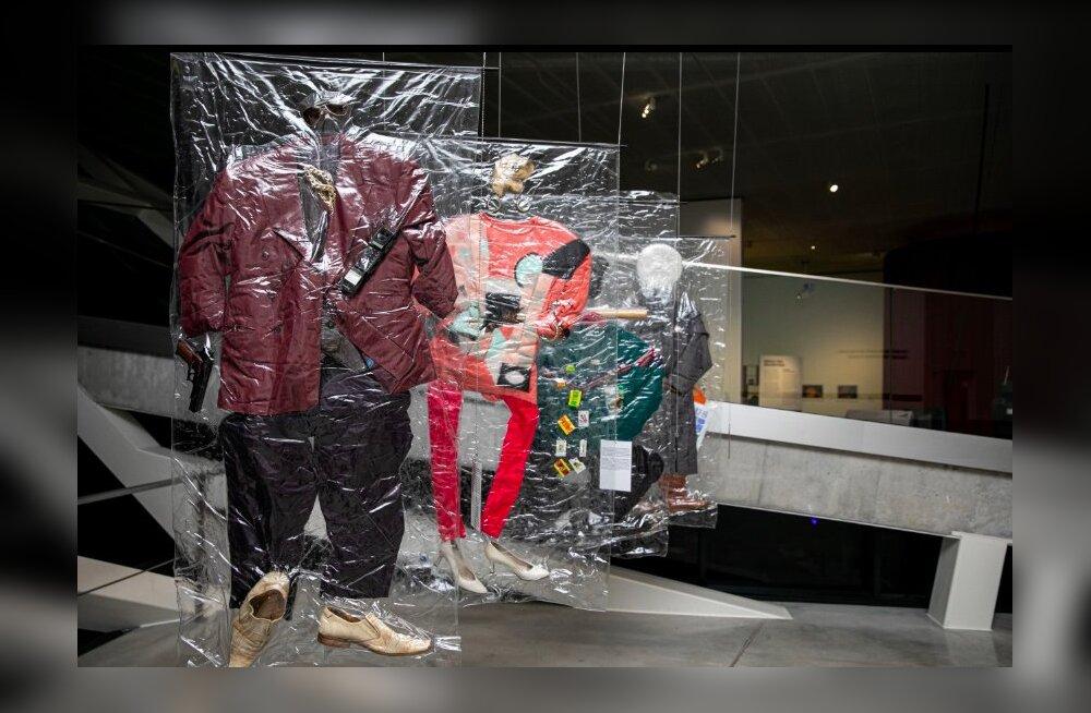 Вы соскучились по пейджерам и малиновым пиджакам? Музей Вильнюса приглашает вернуться в атмосферу 1990-ых