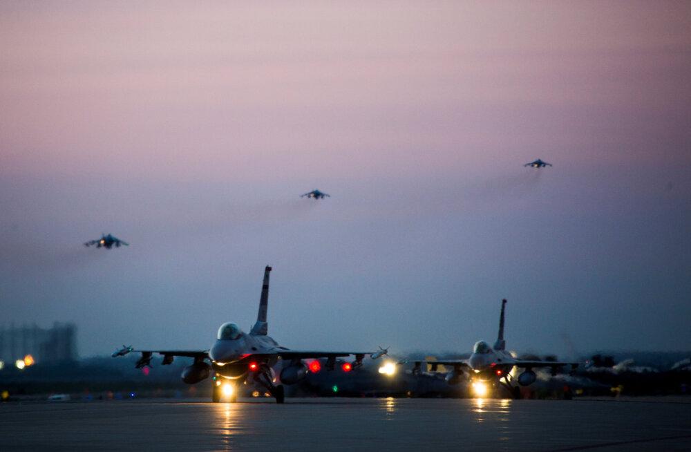 USA pommitas Süüria valitsust toetavaid üksuseid