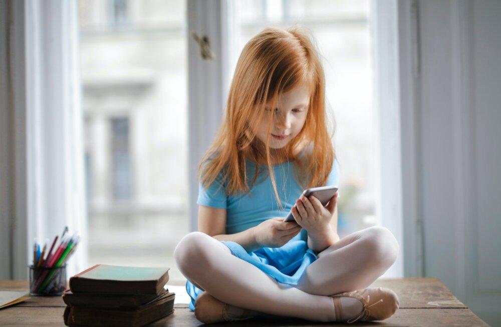 Какой смартфон купить ребенку в школу? 8 советов родителям к началу учебного года