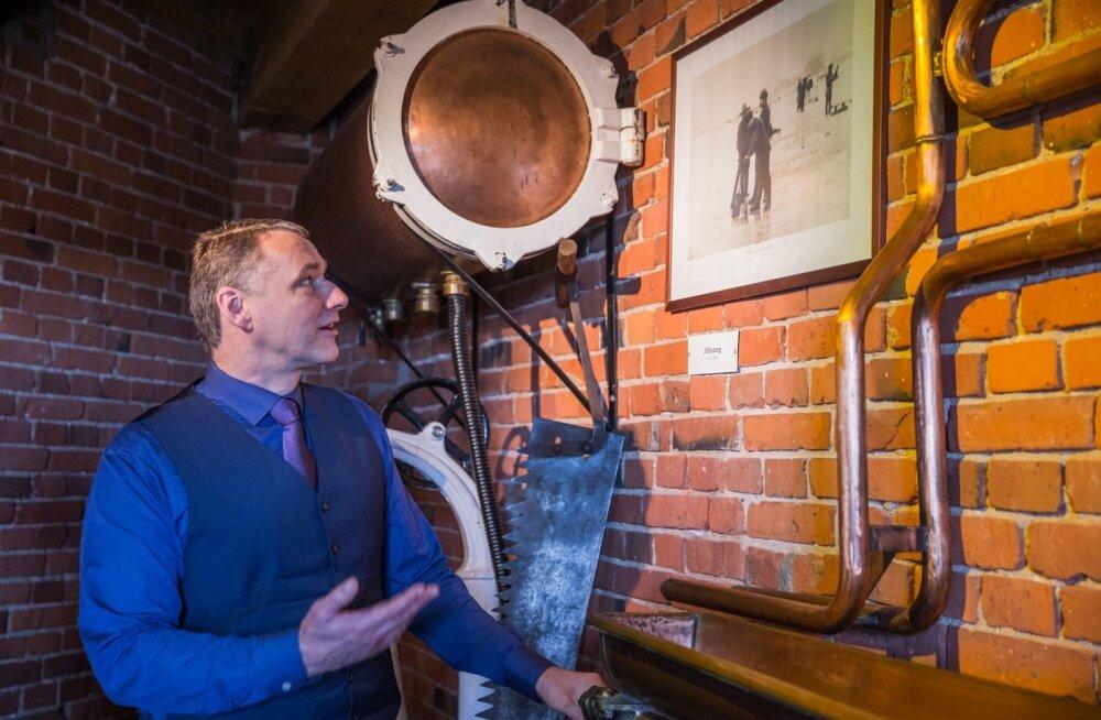 A. Le Coqi juht Tarmo Noop nendib tehase muuseumis, et õlletootmine muutub pidevalt. Praegu teeb võidukäiku alkoholivaba õlu.