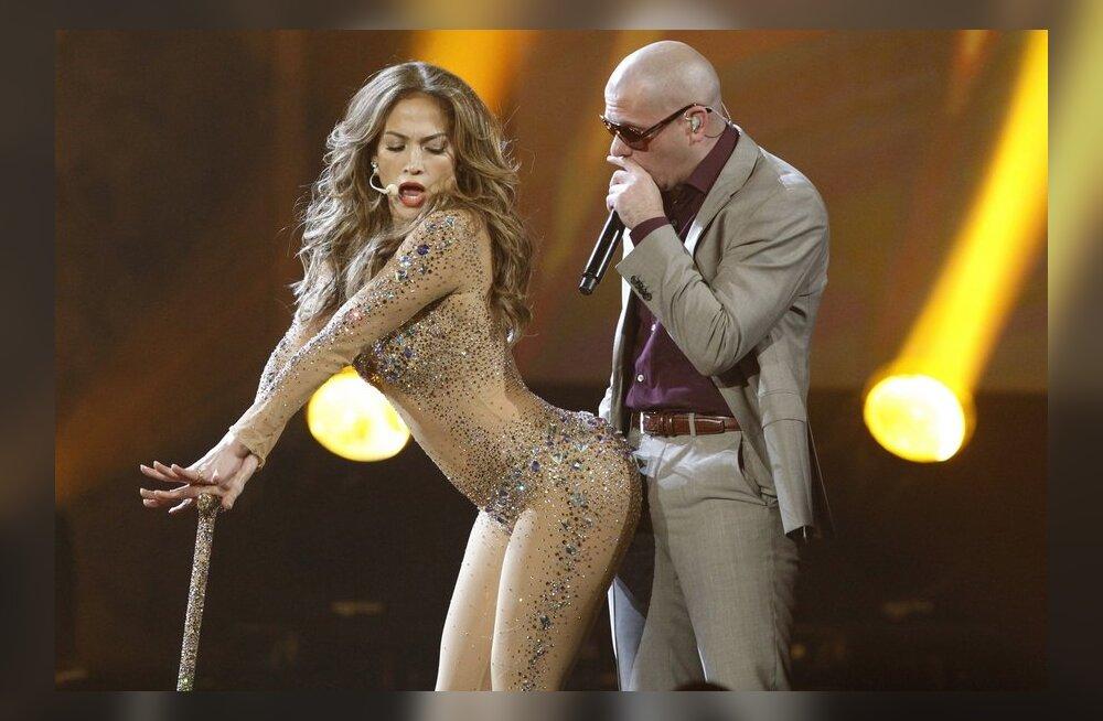 Pitbull занимается сексом