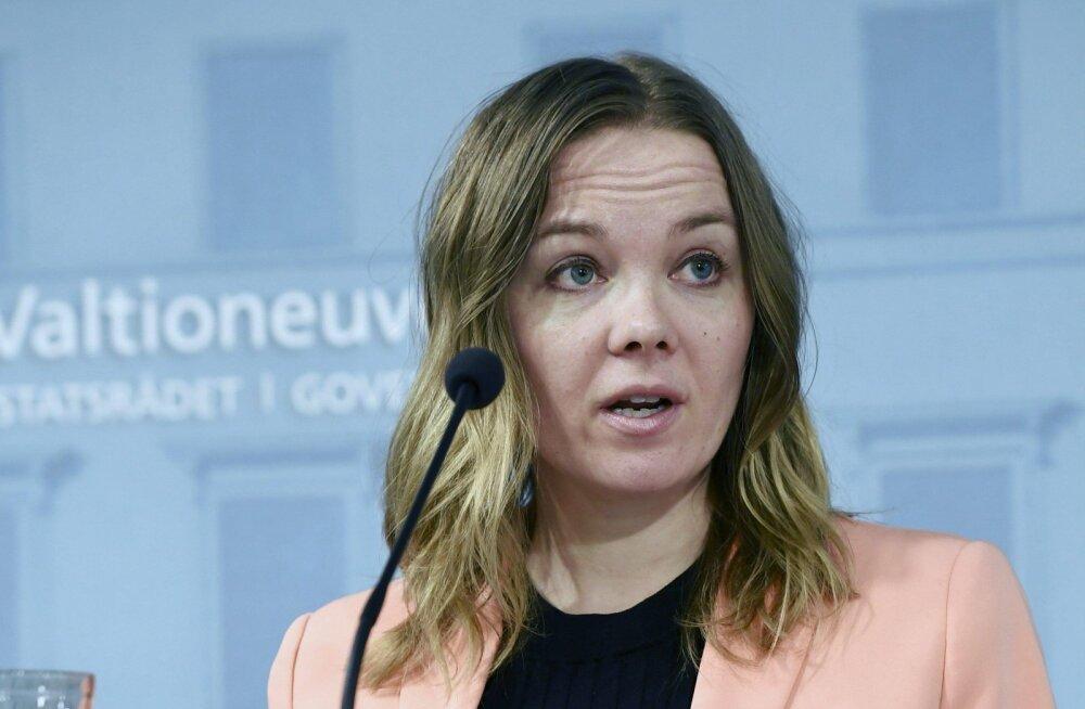 Skandaal Soomes: rahandusminister on saanud 50 000 euro eest koolitust esinemisärevuse vastu