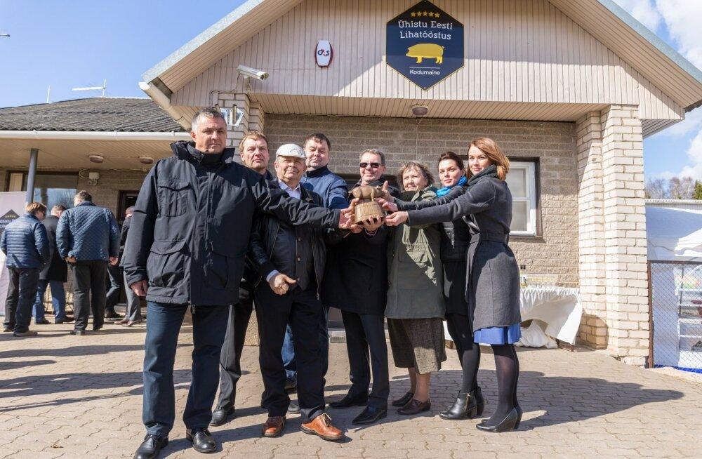 Eesti Lihatööstuse avamine vähem kui kahe aasta eest, aprillis 2017. Nüüd on suurest sõprusest järele jäänud vaid vihavaen ja vastastikused süüdistused.