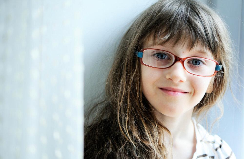 Optometrist avaldab tegevused, mis on laste nägemisprobleemide üheks suurimaks mõjutajaks
