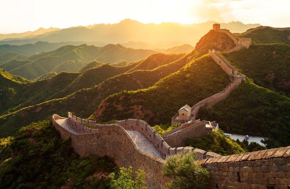 Suur Hiina müür on mõistagi reisi jooksul külastatavate vaatamisväärsuste hulgas.