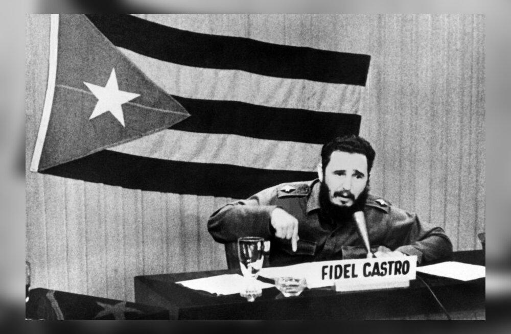 Saksa luuredokumendid: Fidel Castro palkas kaks endist SS-last armeed välja õpetama