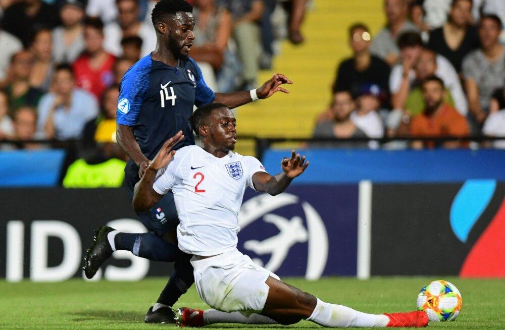 VIDEO | Manchester United täiendab ridu U21 EM-il õnnetu omavärava löönud Inglismaa paremkaitsjaga