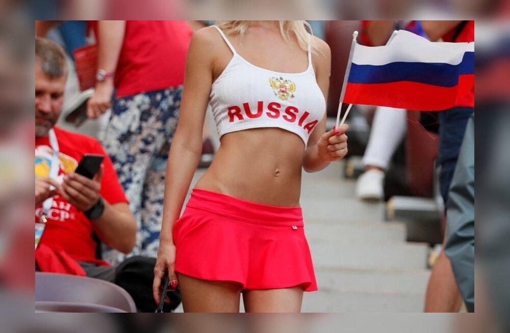 Venelannast jalgpallifänn MM-il.