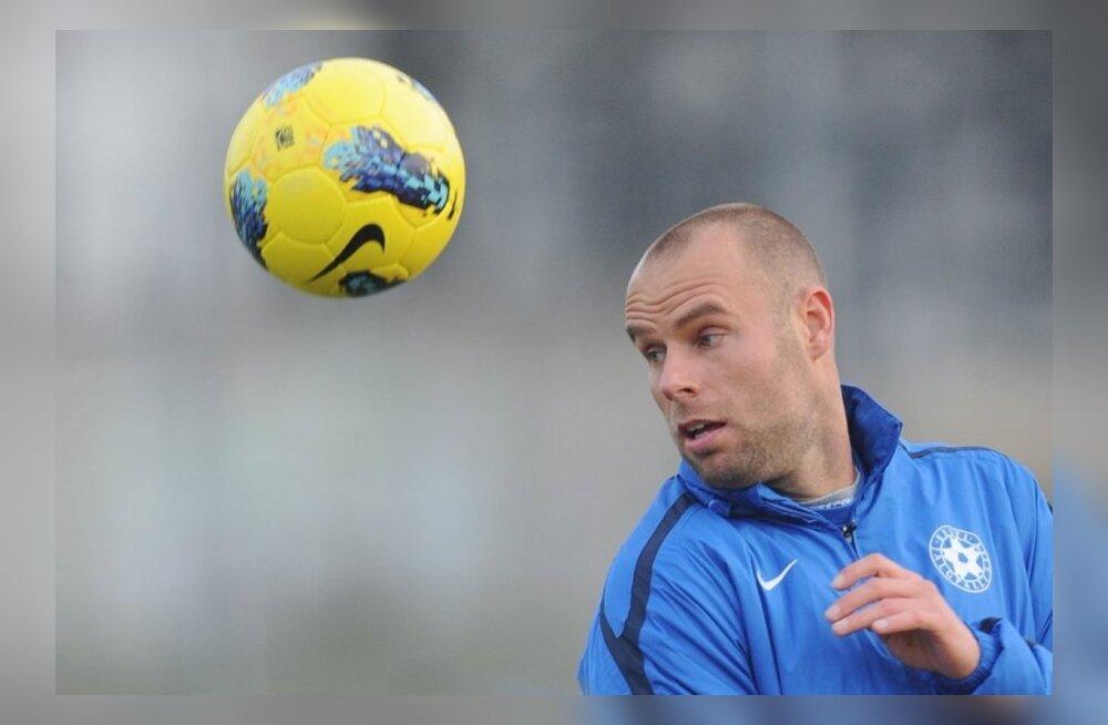 FOTOD: Eesti jalgpallikoondise esimene treening enne ajaloolisi mänge