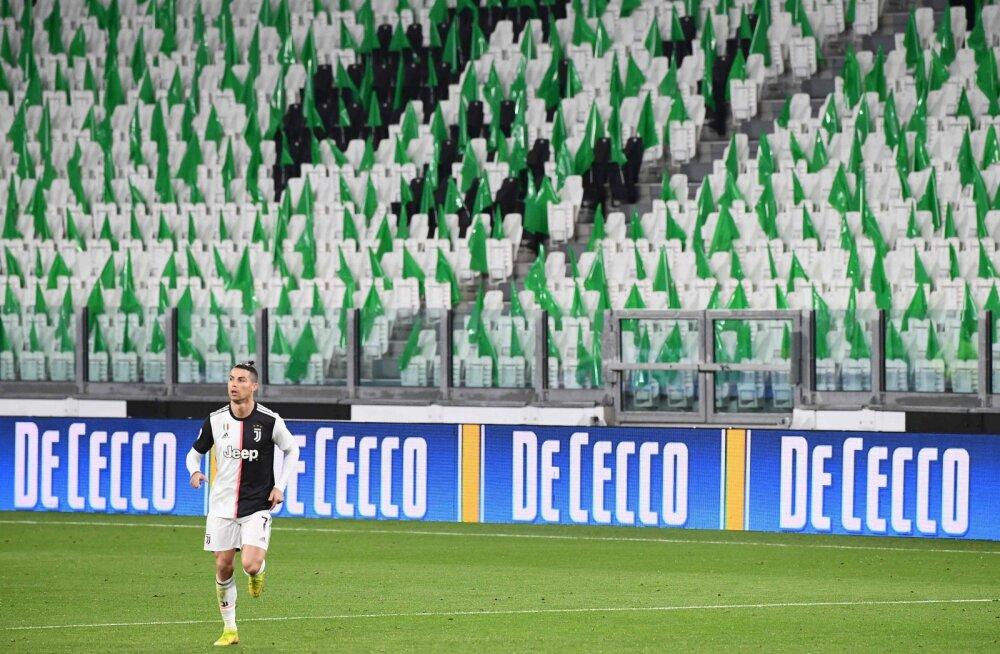 Itaalia loodab mai lõpust alates jalgpallihooajaga jätkata, publik enne uut aastat mängudele ei pääse
