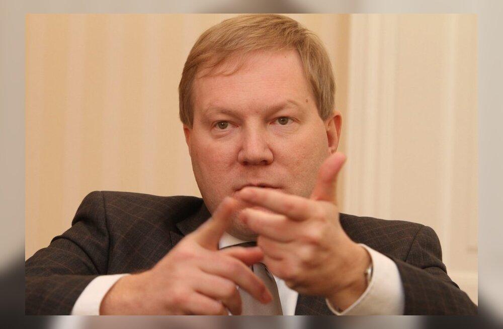 Михкельсон — о скандале с Коротченко: на эту тему занимаюсь через другие каналы, а не через общественность