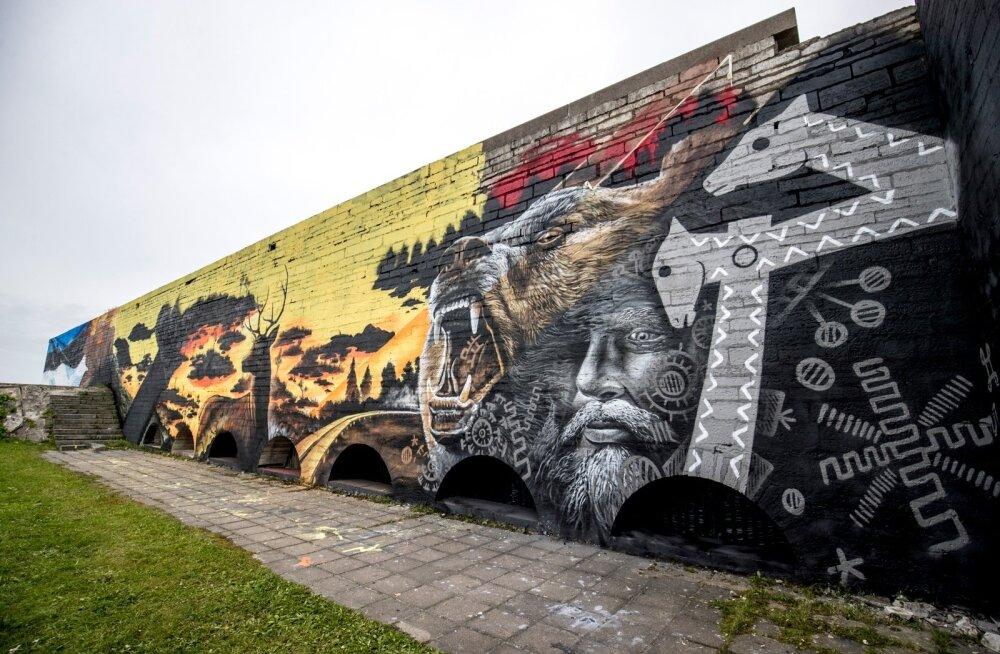Linnahalli seintele maalitakse