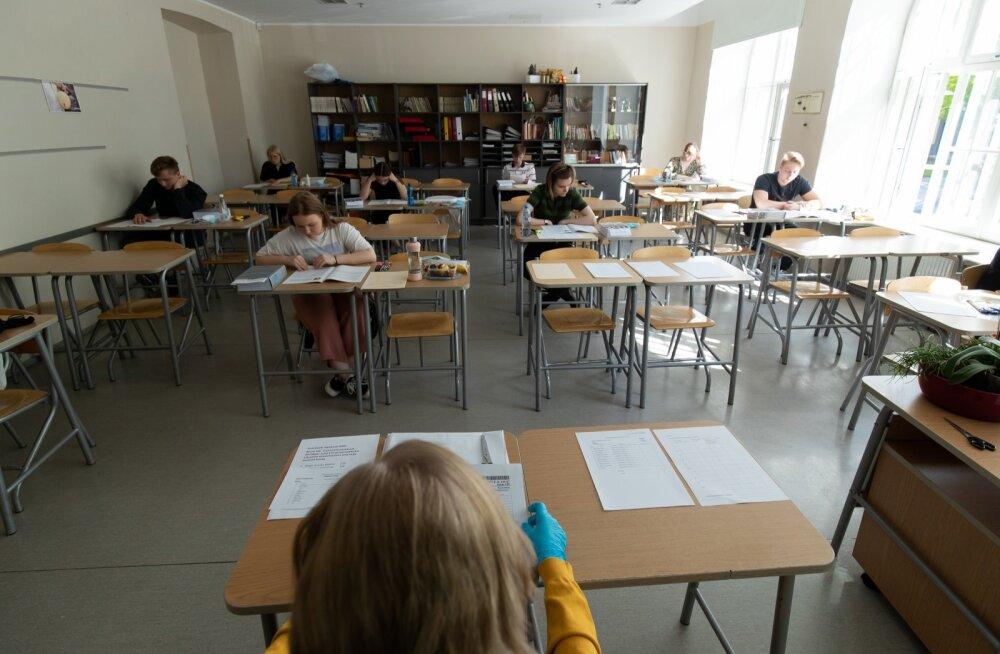 Lõpukirjandi kirjutamine 21. koolis