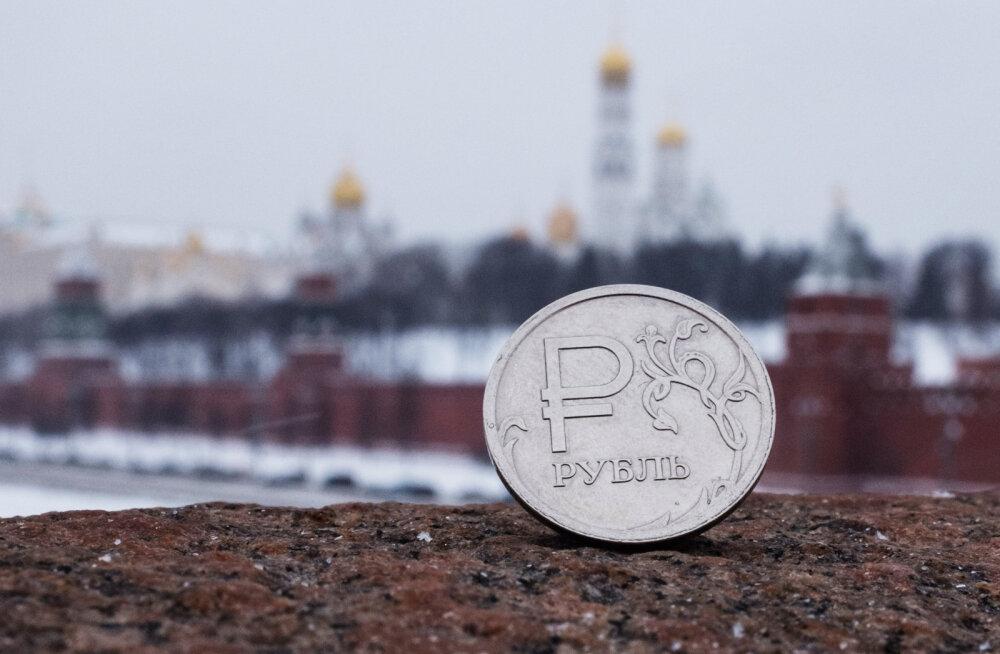 Богатые тоже плачут: на чем в России экономит средний класс