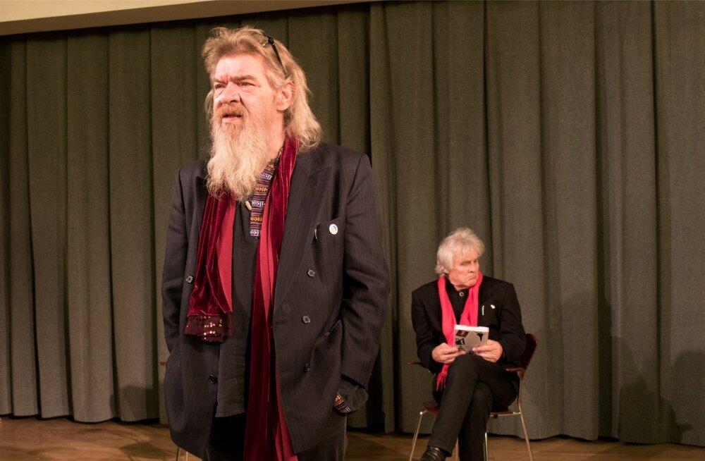 Margus Mikomägi ja Jüri Aarma – kaks meest, kelle üle Maalehe toimetus uhke on. Jüri Aarma pälvis Valgetähe V klassi teenetemärgi 2014. aastal.