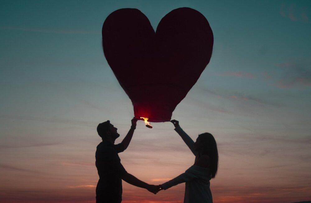 ARMUHOROSKOOP | Sinu tähemärk ütleb kuni kuue sõnaga ära, kuidas sa kedagi armastad