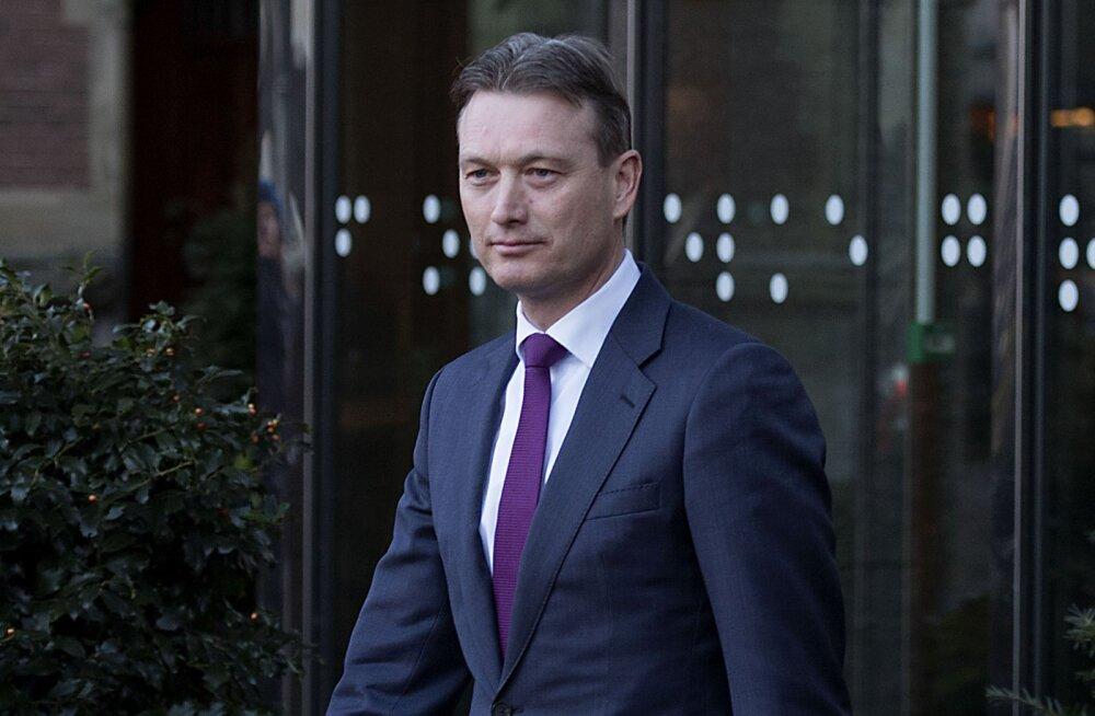 Глава МИД Нидерландов подал в отставку из-за лжи о встрече с Путиным