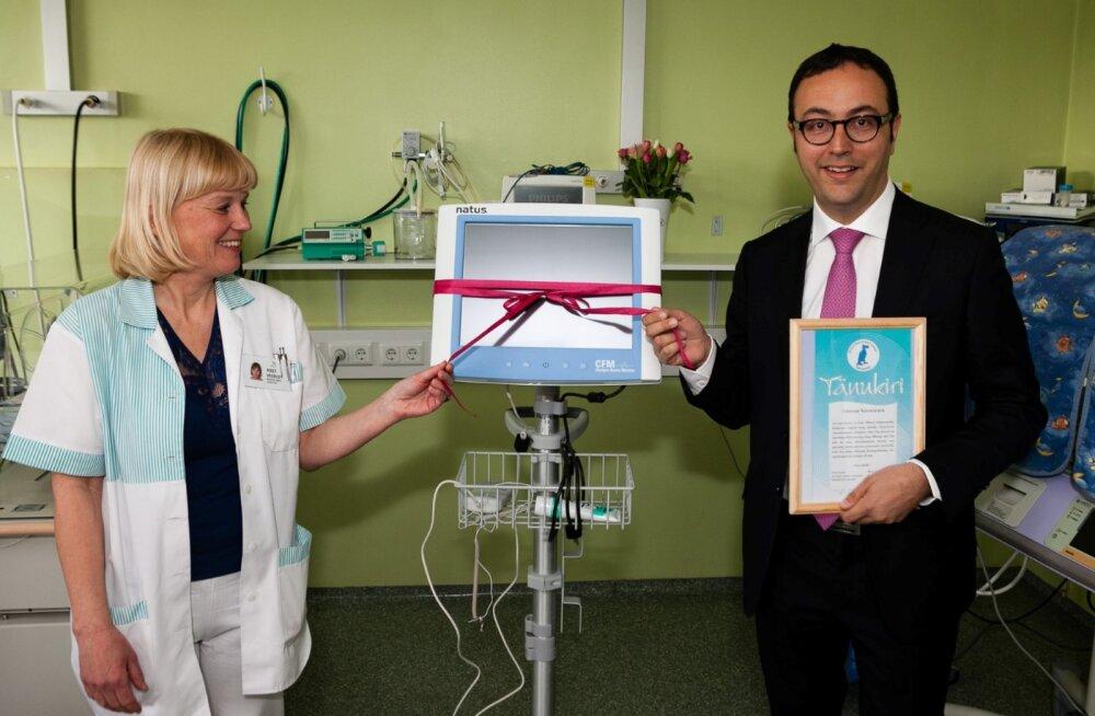 Pelgulinna Sünnitusmaja sai tänu annetajatele uue ajumonitori