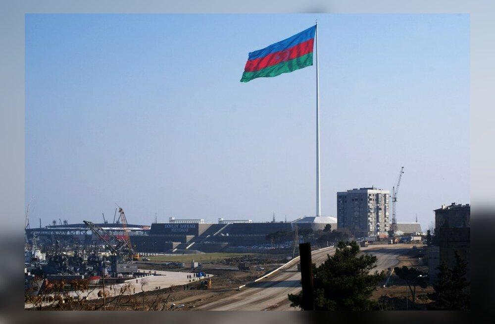 Bakuus hakati Eurovisiooni jalust elanikega maja lammutama