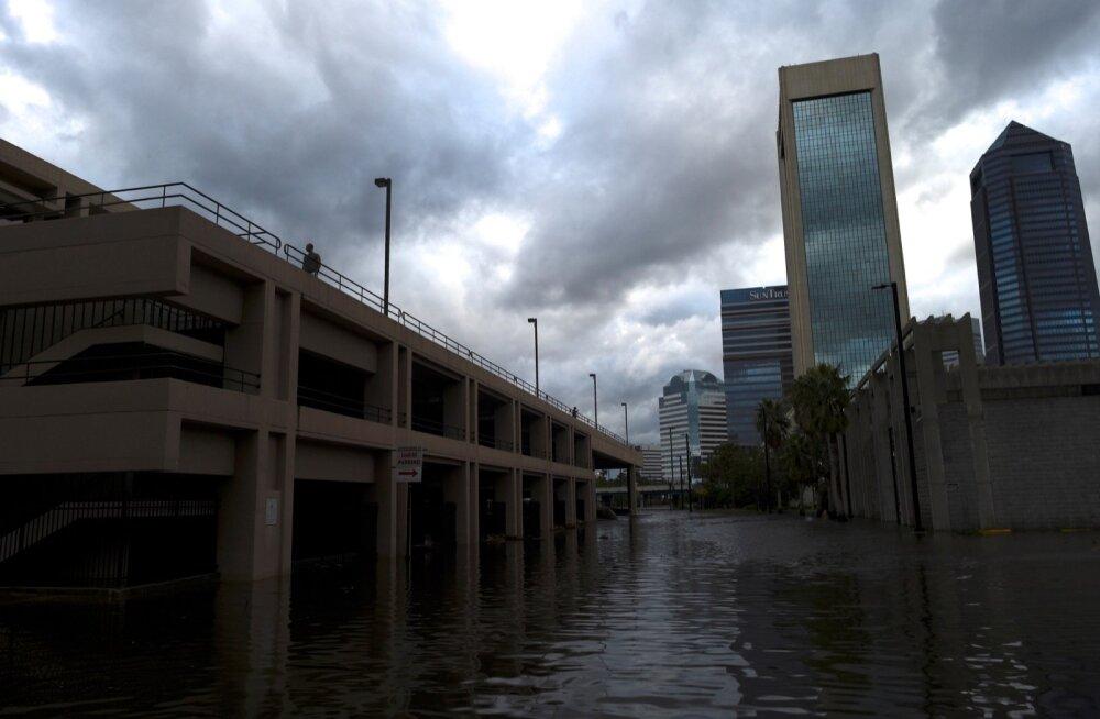 Orkaan Irma põhjustas USA-s 10 inimese surma, elektrita jäi 7,7 miljonit