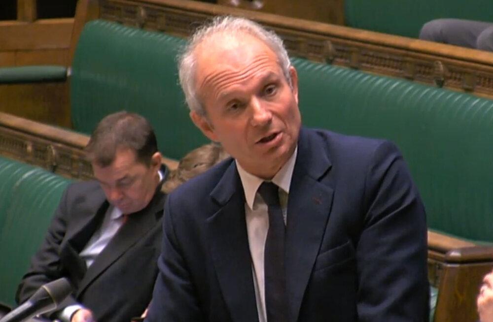 May <em>de facto</em> asetäitja: Suurbritannia peab Euroopa Parlamendi valimistest osa võtma