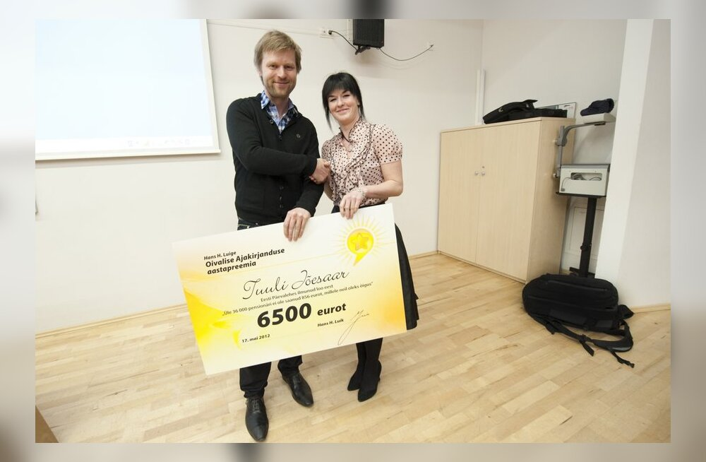 FOTOD: Tuuli Jõesaar võttis vastu oivalise ajakirjanduse preemia