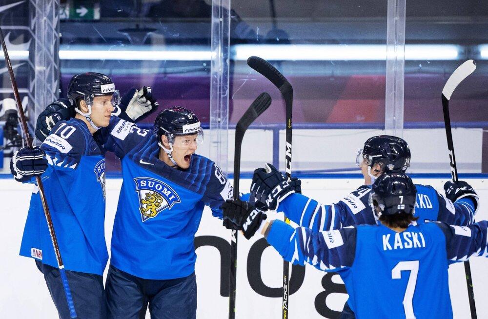Soome hokimehed Niko Mikkola, Harri Pesonen, Mikko Lehtonen ja Oliwer Kaski