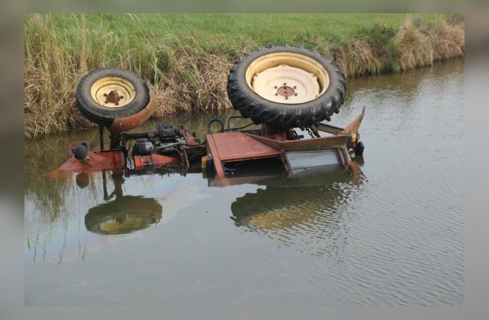 ФОТО | В Тартумаа погиб тракторист
