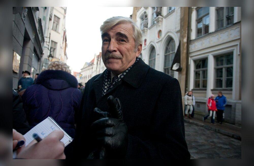 Лебедев: перенос Бронзового солдата был провокацией, нынешняя власть извинения не попросит