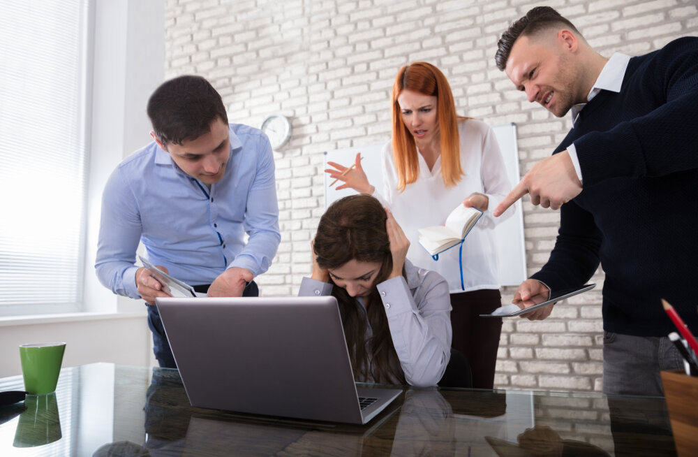 Pekki need õiendajad! Mida teha, kui kolleeg halvustab sind lapse kasvatamisest tekkinud kohustuste tõttu?