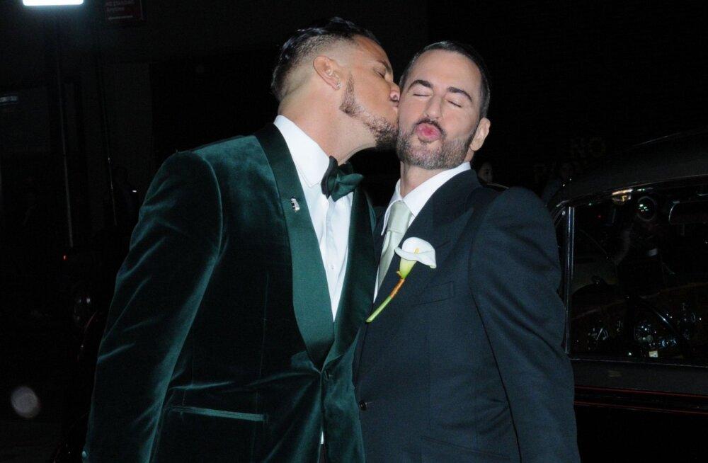 FOTOD | Vaata, mis toimus Marc Jacobsi pulmas ja mida kandsid moemaailma staarid!