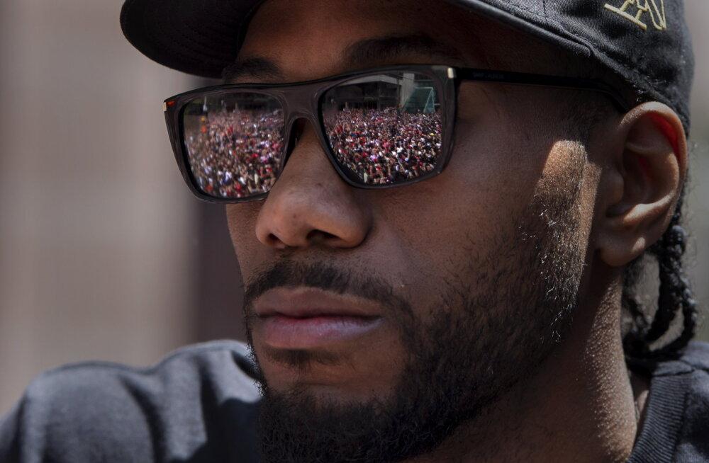 Maailma kuumima korvpalluri klubivaliku tagamaad: hirm Lakersi ees ja erakordne vahetuskaup