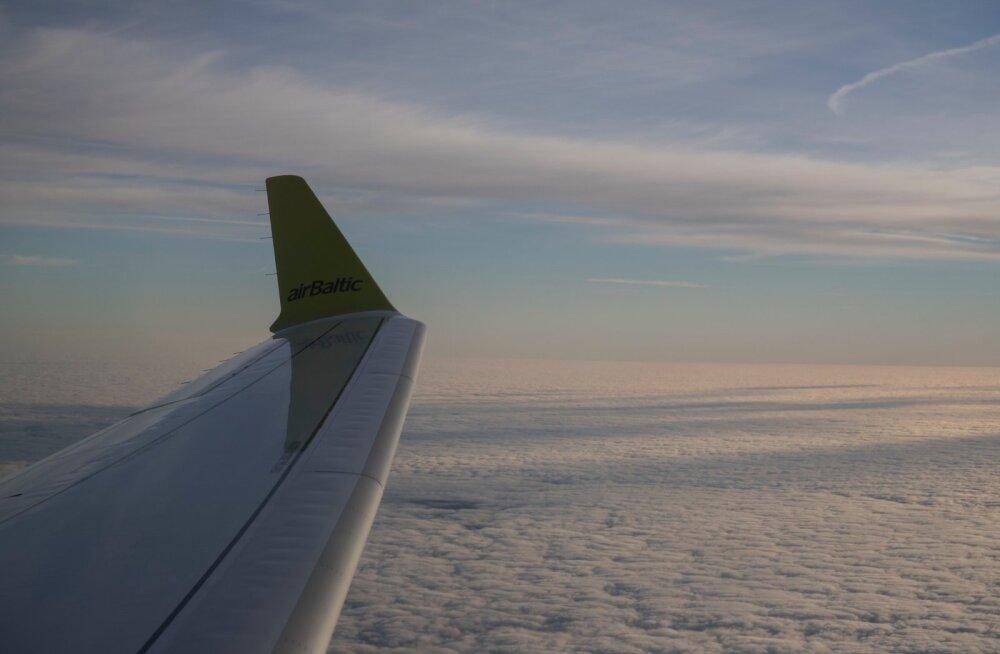 AirBaltic lennuk CS300