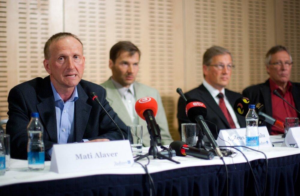Aivar Pilv (paremalt kolmas) päästis Mati Alaveri ja Andrus Veerpalu naha ka 2011. aastal.